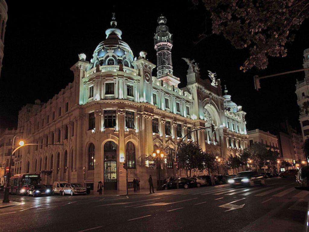 Edificio de correos y tel grafos en val ncia curiosidades en espa a - Horario oficina correos madrid ...
