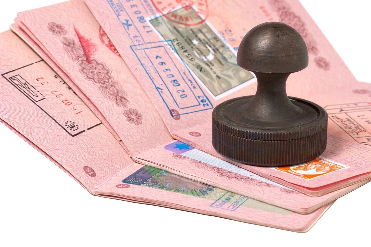 Можно ли продлить туристическую визу в России