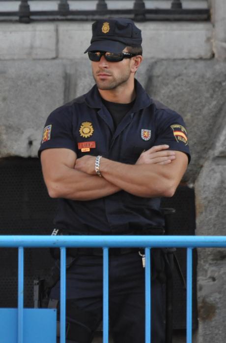 Трахнул латинскую полицейскую 267