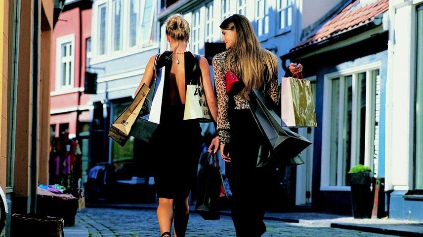6% мирового объема шопинг-туризма приходится на Испанию