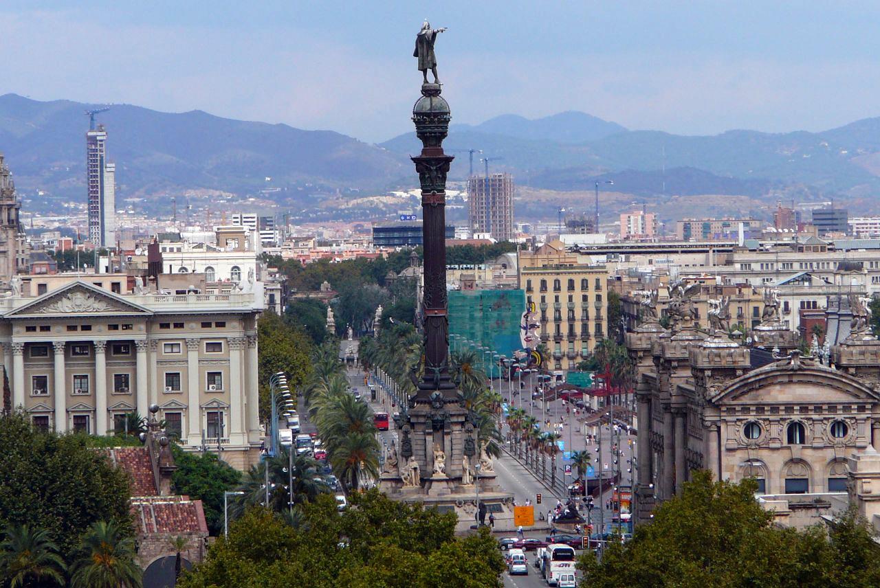Барселона: Смотровая башня и памятник Колумбу. Барселона. Испания по