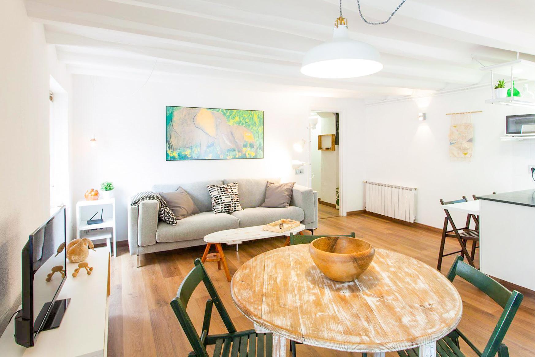 снять апартаменты в испании недорого
