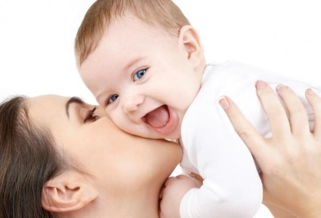 скачать материнство торрент img-1