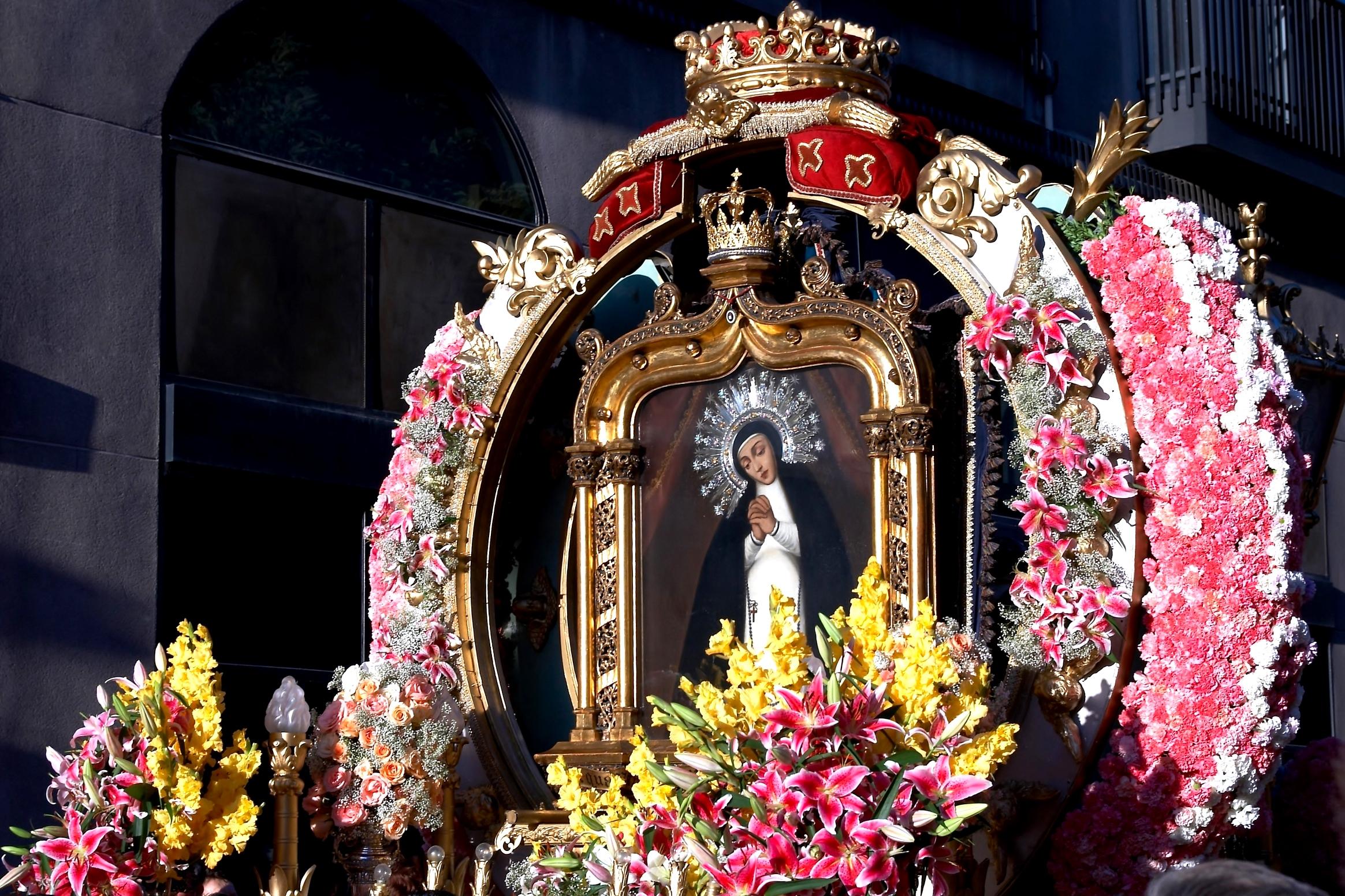 День непорочного зачатия Девы Марии, Испания