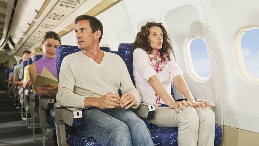 Пожаловаться на авиакомпанию за задержку рейса в Испании теперь можно по Интернету