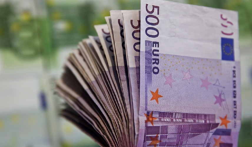 ЦБЕ заявил о том, что прекратит выпуск банкноты номиналом в 500 евро