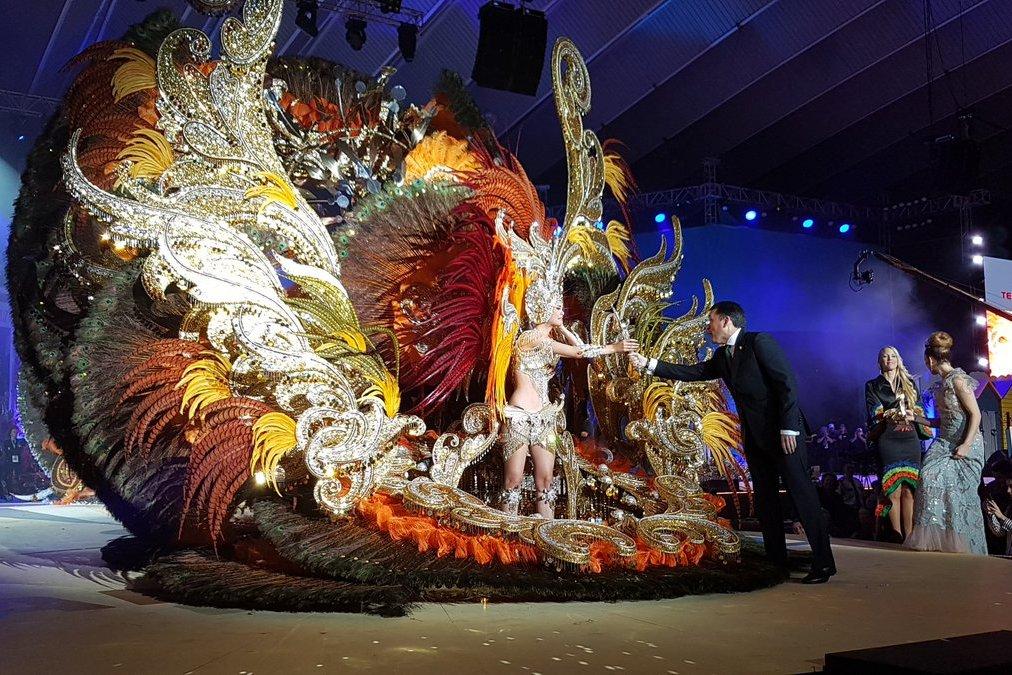 королева карнавала фото подходит для обладательниц