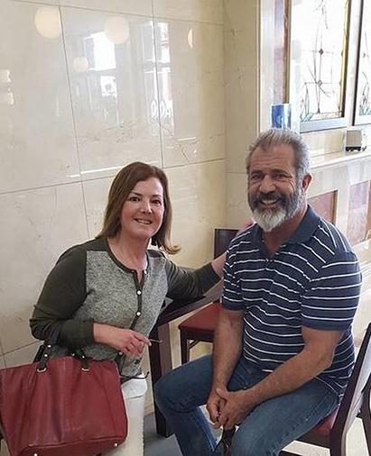 Мел Гибсон путешествует по Андалусии