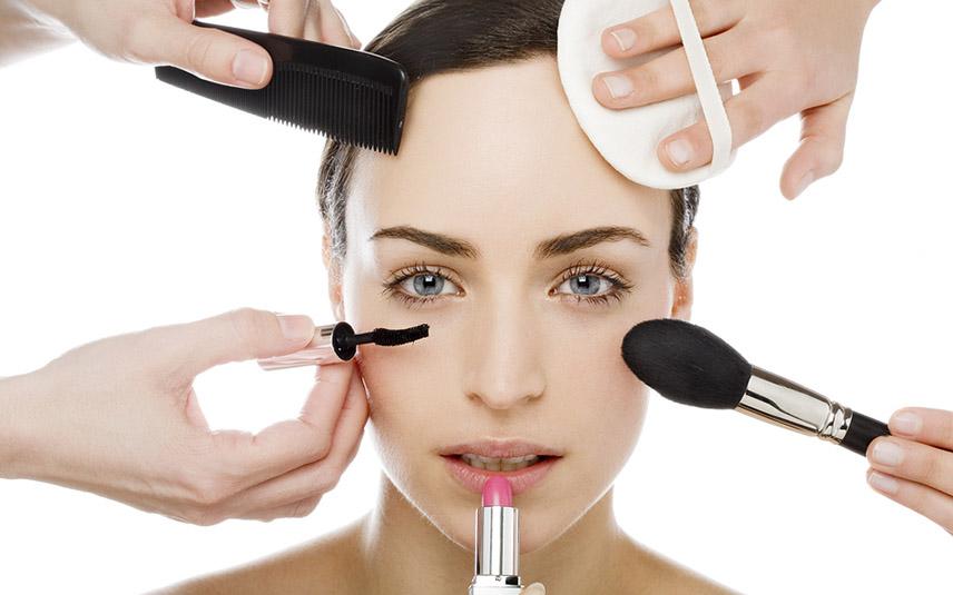 Resultado de imagen para uso excesivo de maquillaje
