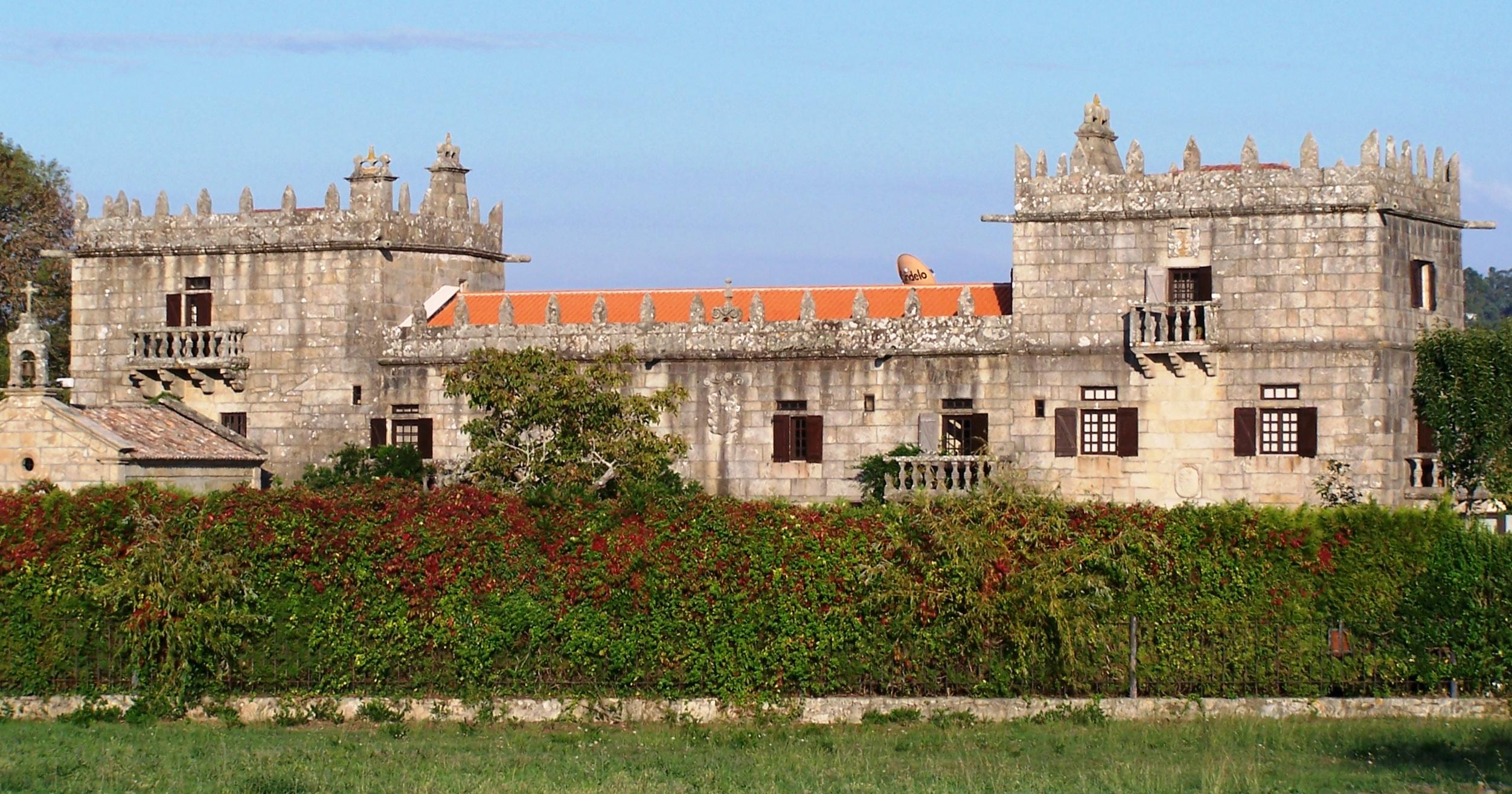Дома на севере испании путёвка в дубай