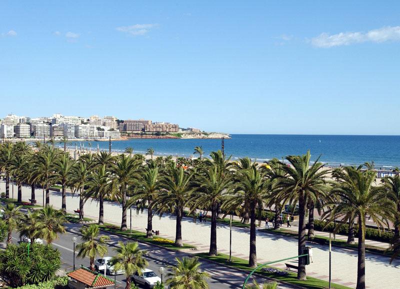 Шесть из пятидесяти лучших пляжей в мире для молодежи