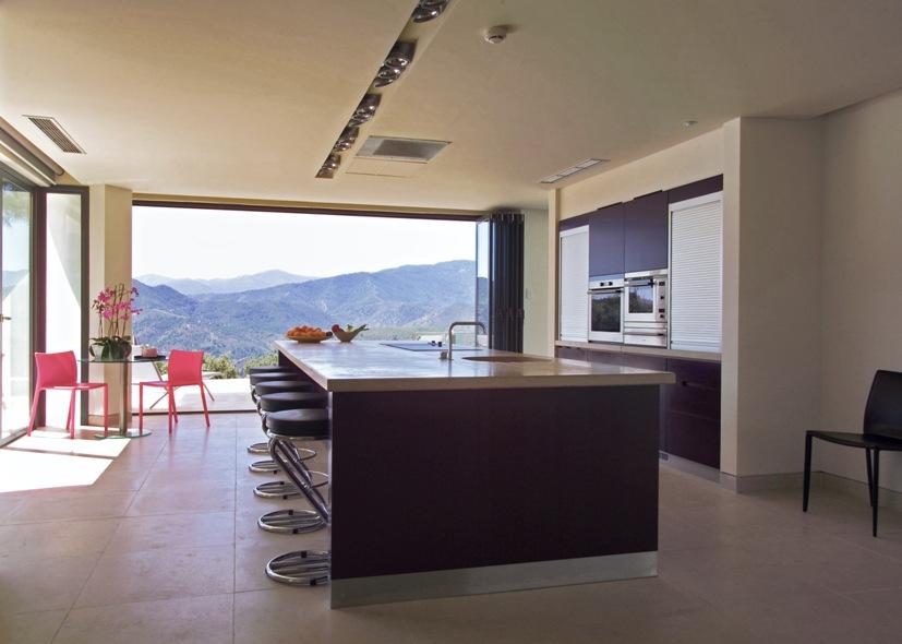 Покупка и аренда недвижимости в испании