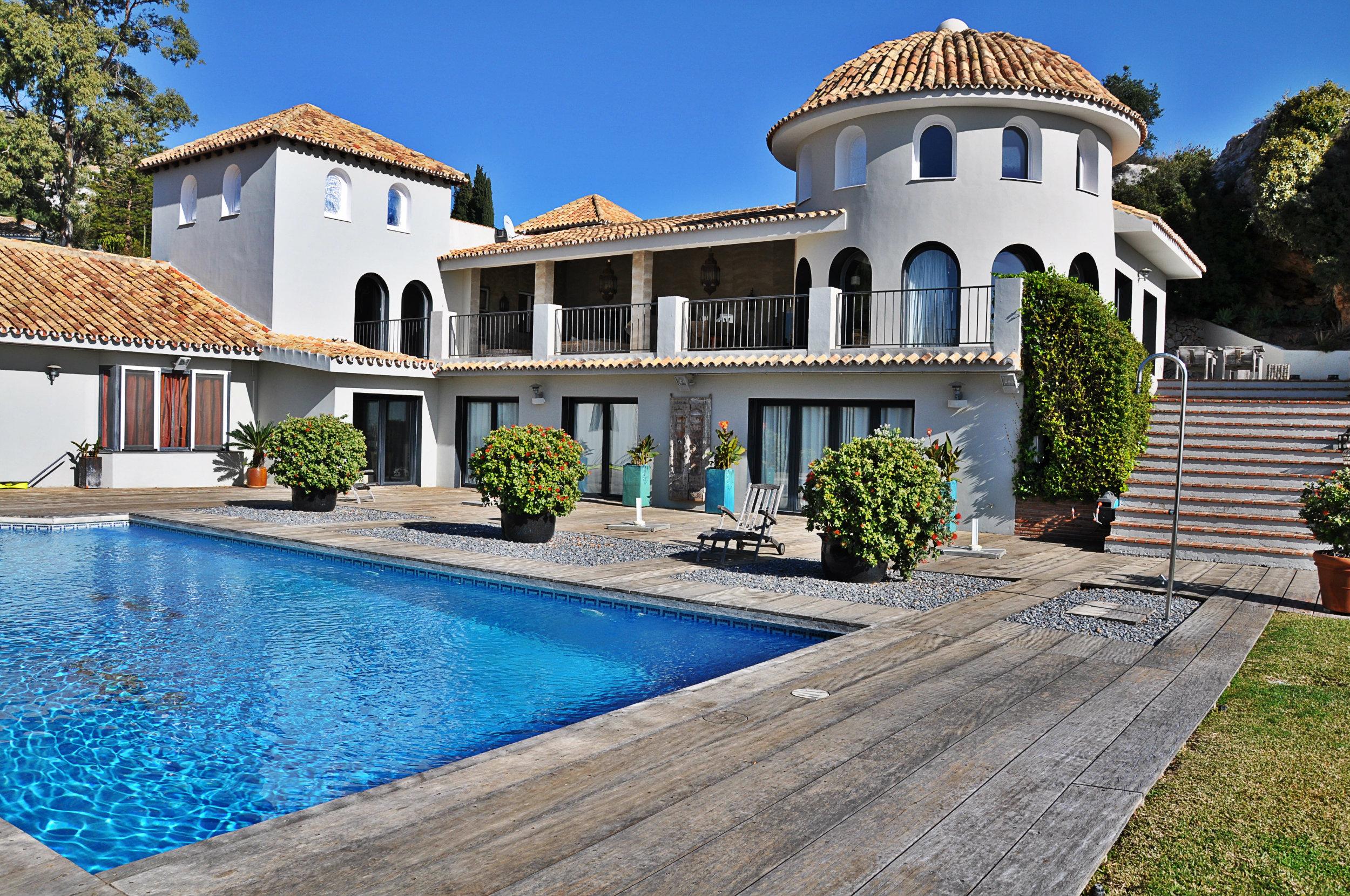 Испанские виллы дешевые квартиры в праге цены