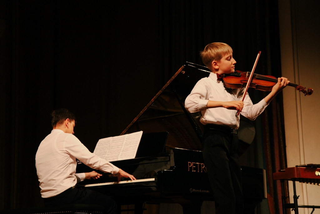 Официальное открытие Фестиваля – гала-концерт классической музыки «Юные виртуозы»