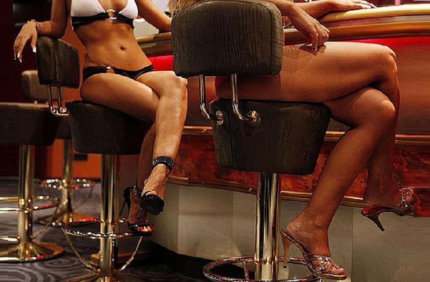 Секс в номере туристов