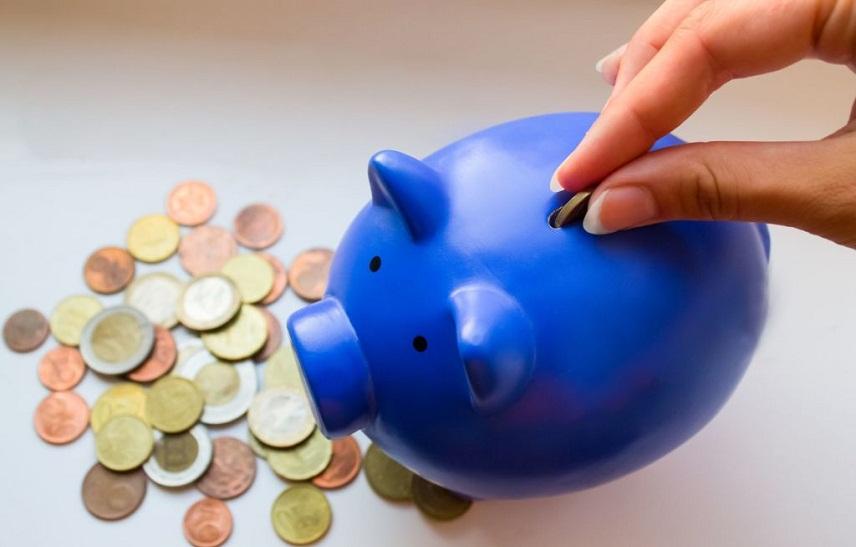 75% испанской молодежи откладывают деньги «на старость»