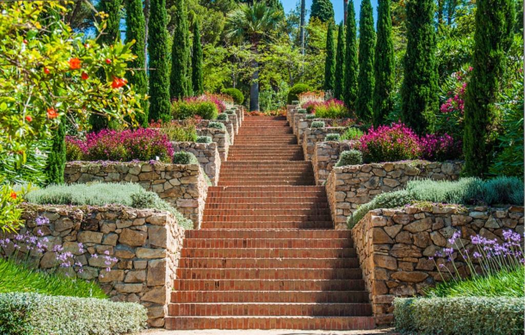 Jard n bot nico marimurtra en blanes jardines en espa a for Jardin botanico en sevilla