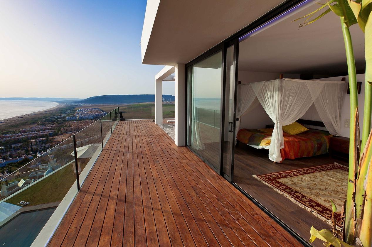 Покупка недвижимость в испании мадинат джумейра дубай