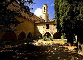 Цистерианские монастыри Санта Креус и Поблет
