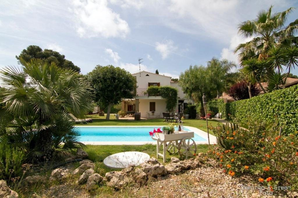 Villa de lujo mansion espa a barcelona sitges - Campings de lujo en espana ...