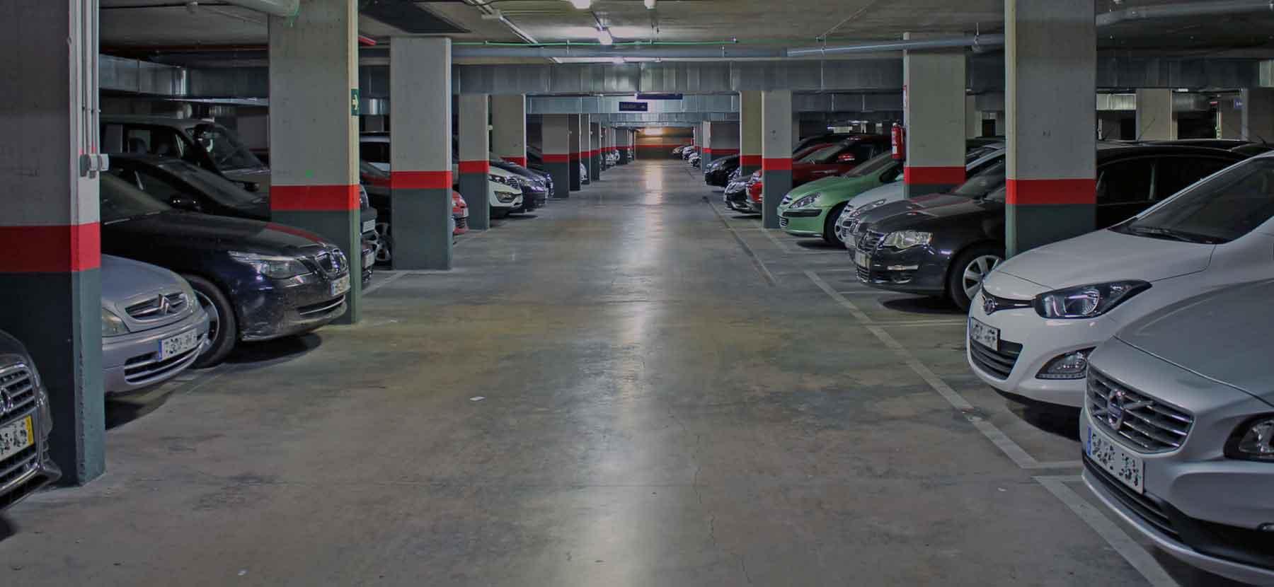 В час наземная парковка стоимость москва часы ломбард