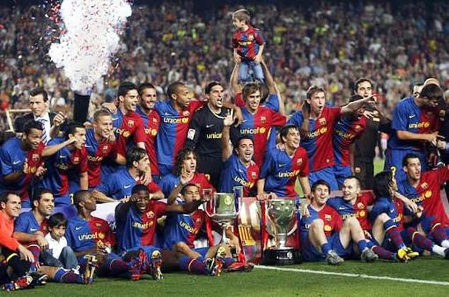 Испании футбольная лига