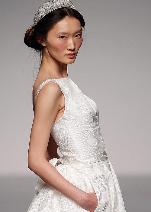 Тенденции свадебной моды от Паулы дель Вас: пятидесятые