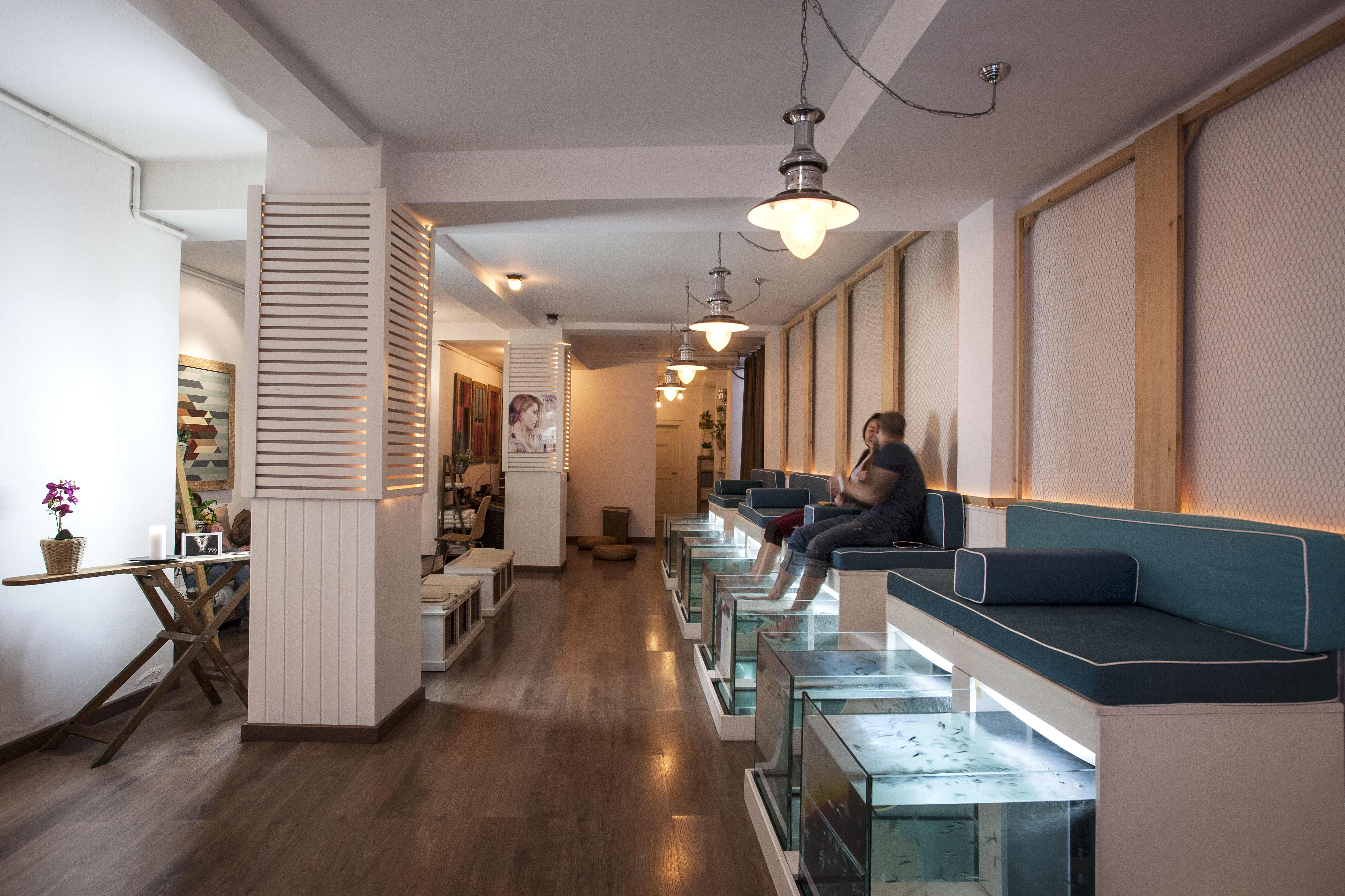Спа-центр в Барселоне AquaBliss Fish Spa