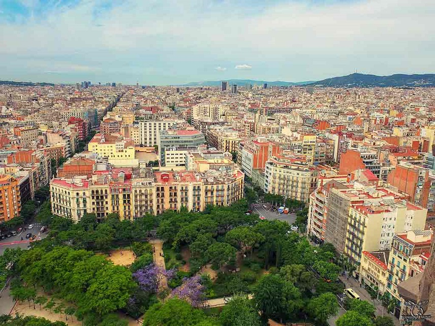 Недвижимость в Испании: Дома и квартиры в Барселоне, виллы