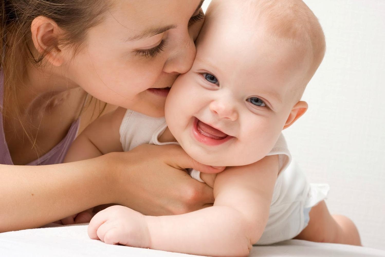 Пособия для матерей в Испании