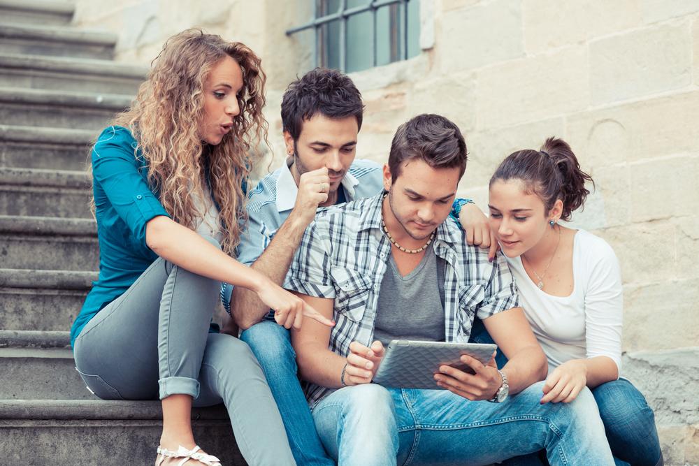 В Испании сократилось число «нинис» – молодых людей, которые не ...