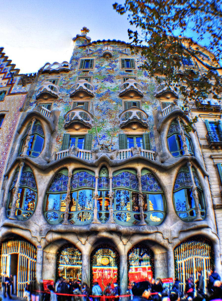 Испания Фильм о знаменитом Доме Бальо – лучший на рижском фестивале