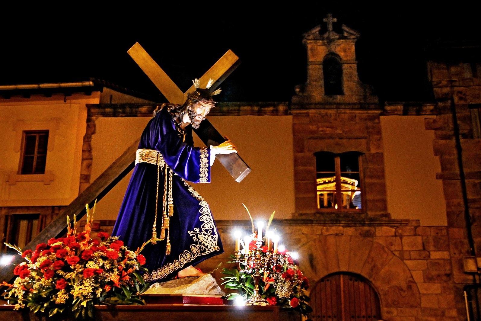 Праздники Испании Испания по русски все о жизни в Испании Праздники Испании Пасха Праздники