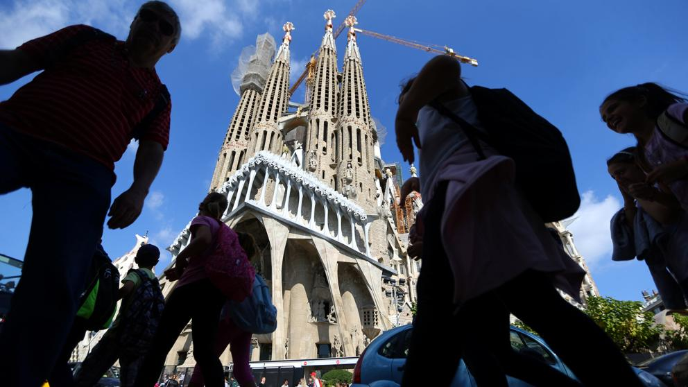 tourism in spain Travel tourism boom in spain tourists are visiting spain in record numbers one reason for that is the recent terrorist attacks in previously popular vacation spots like turkey and north africa.