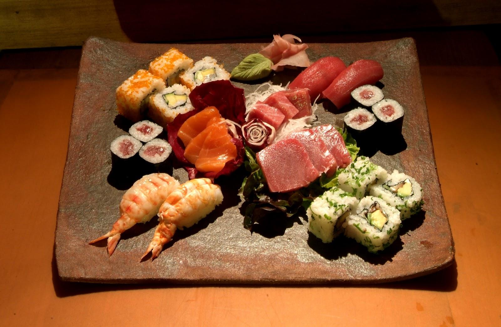 Resultado de imagem para barcona de sashimi
