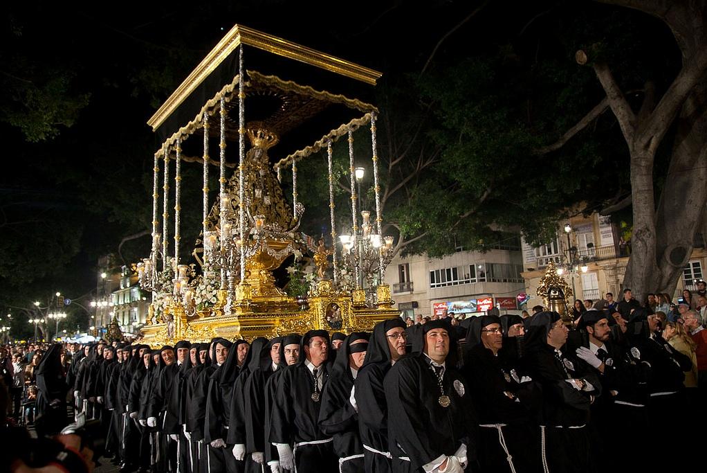 Пасхальная процессия в Малаге