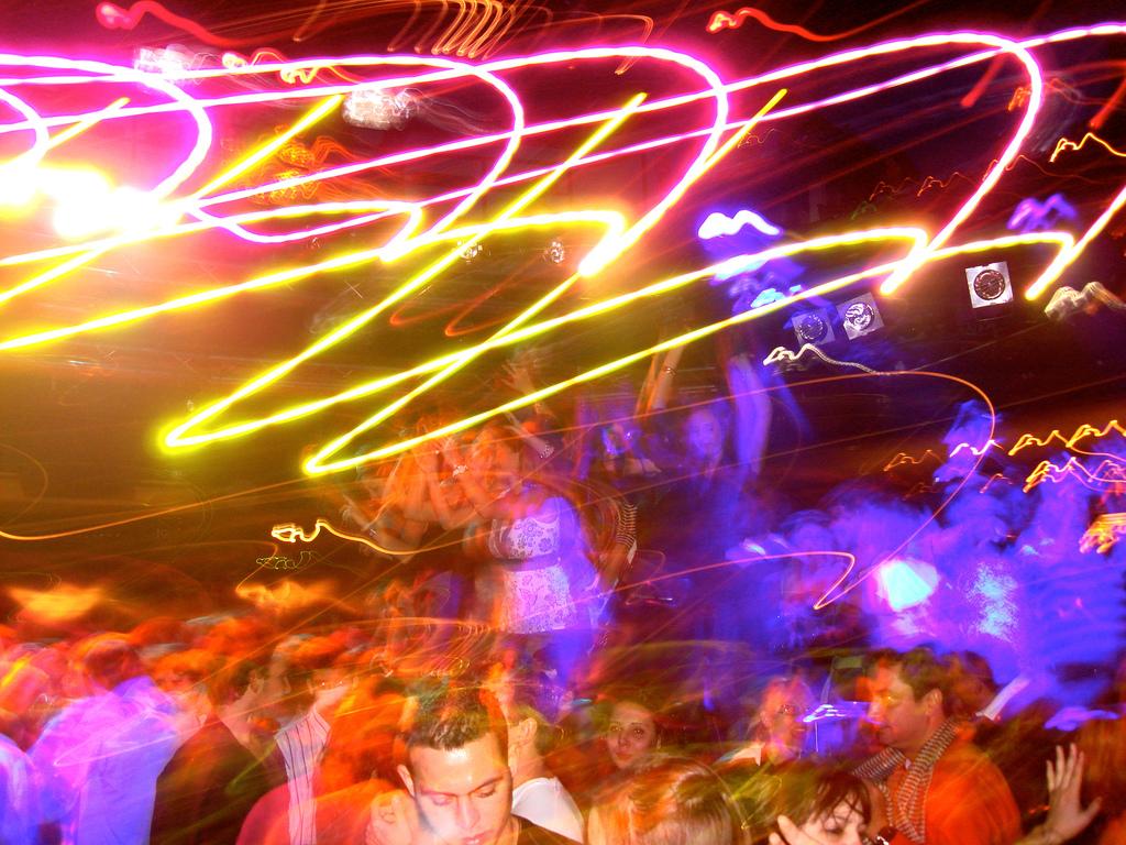 Фото с тусовок в ночных клубах взрослые 29 фотография
