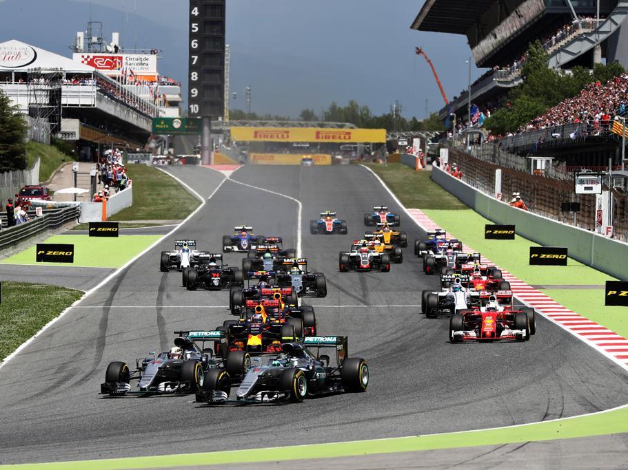 18-летний гонщик стал самым молодым победителем Гран-при в истории «Формулы-1»