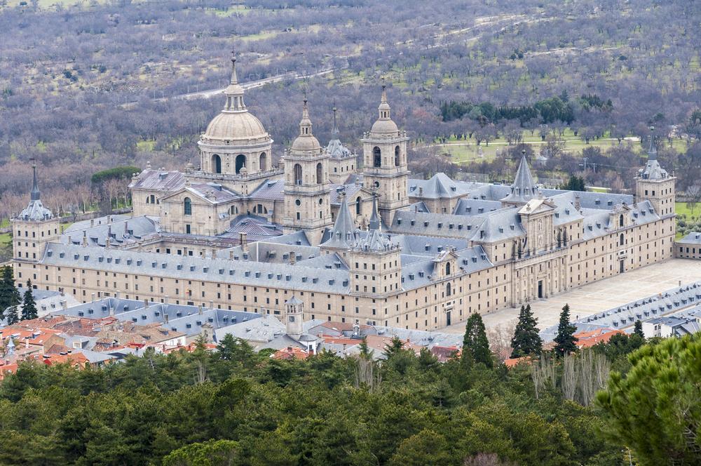Эскориал Испания мистический дворец королей в Мадриде