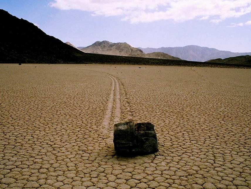 картинка движущийся камень тоже эту зиму