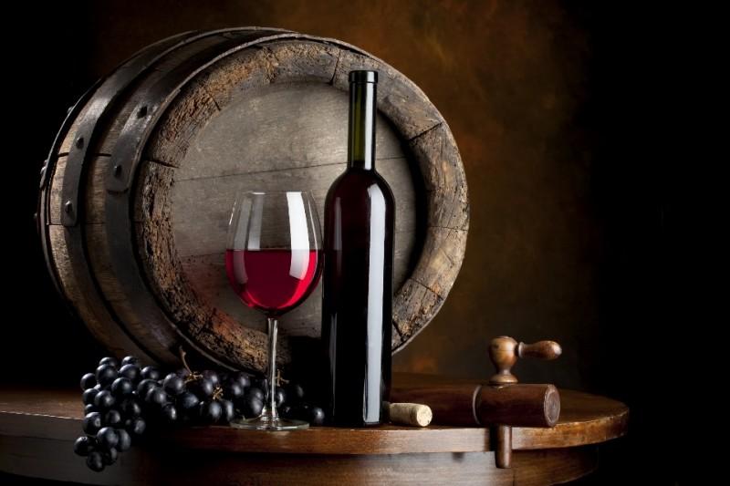 В мире более известно испанское красное вино