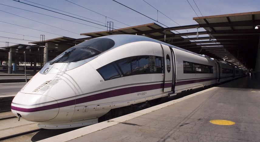 Скоростных поездов между Каталонией и Андалусией летом станет больше