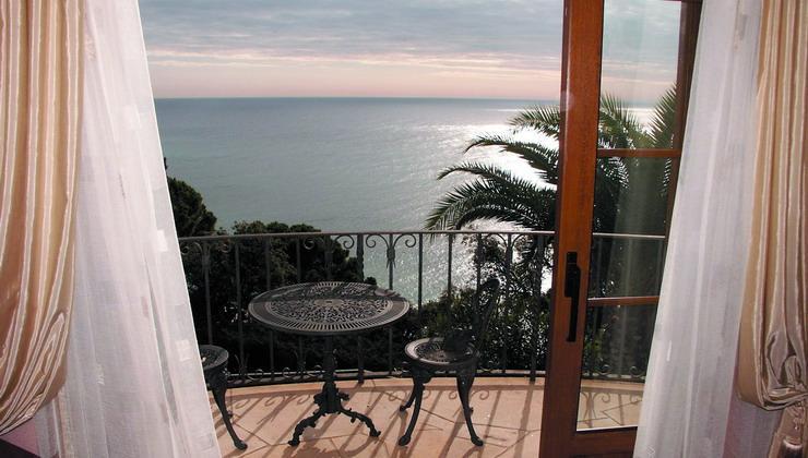 Купить квартиру на побережье испании