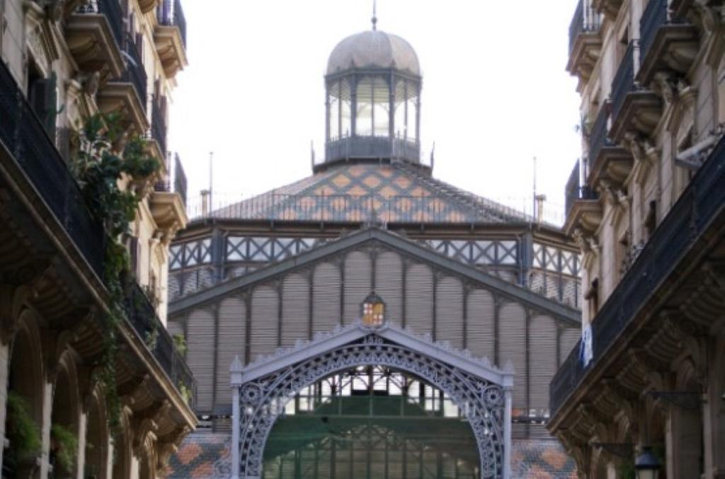 Mercat del born en barcelona galer a en espa a - Calle princesa barcelona ...