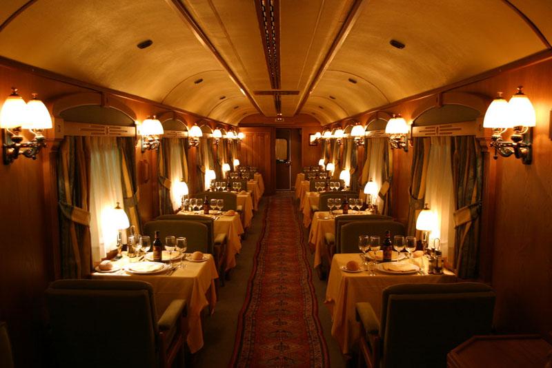 – поезд отель класса люкс