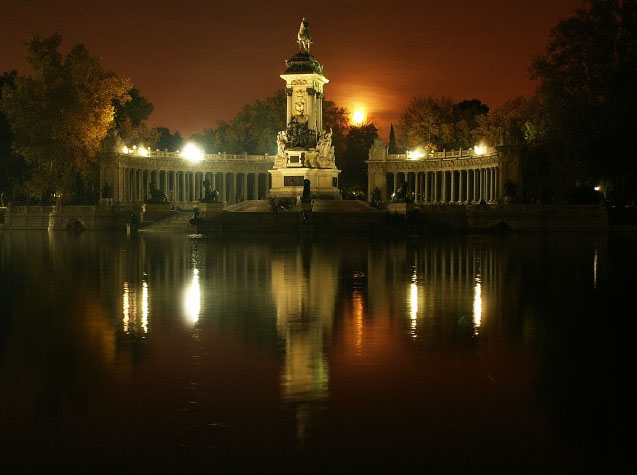 http://www.espanarusa.com/images/tourismo/regiones/madrid/parques/big/1.jpg
